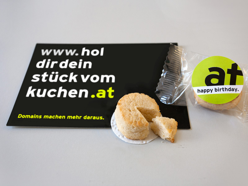 .at zum Sonderpreis – 25. Geburtstag